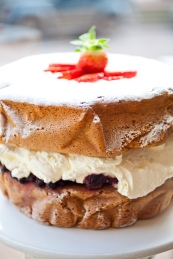 Ultimate Victoria Sponge Serves around 12 guests. £39.50